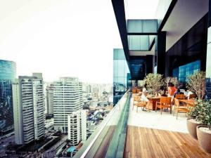 O estudo mostra que as regiões da Avenida Faria Lima e dos bairros do Itaim e da Vila Olímpia continuam sendo as mais procuradas no polo de escritórios de alto padrão